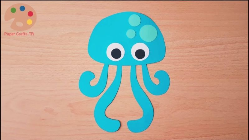 Simple Paper Jellyfish Craft