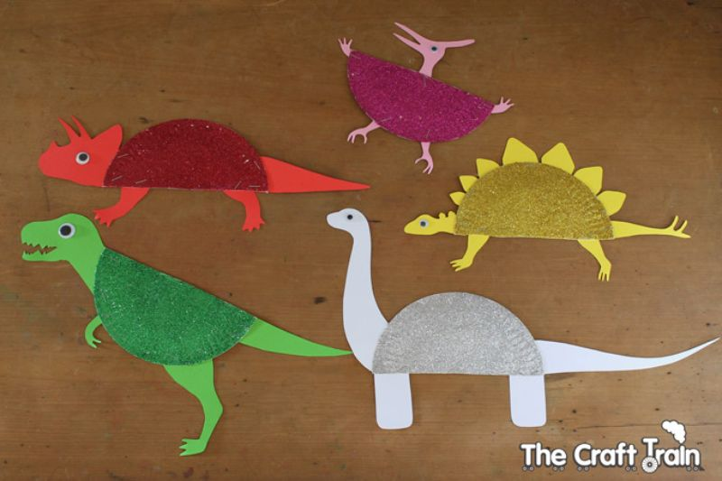 """""""D Is For Dinosaur"""" Paper Plate Craft"""