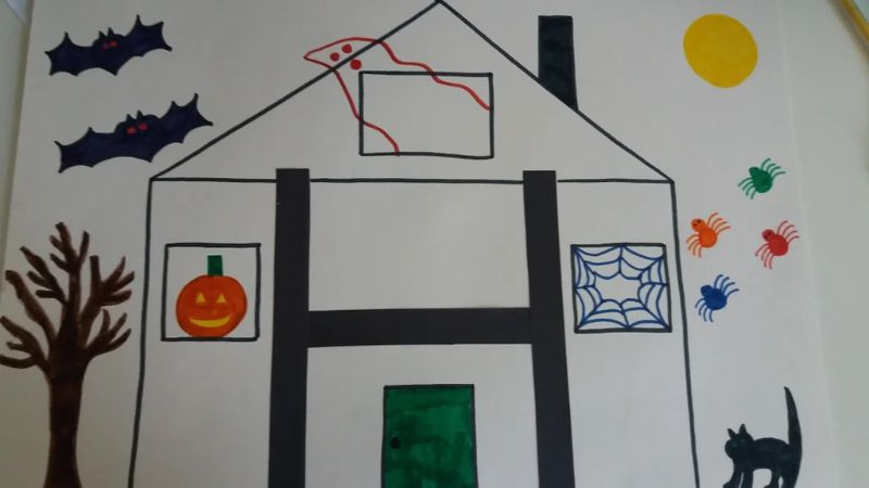 """""""H is for Haunted House"""" Craft"""