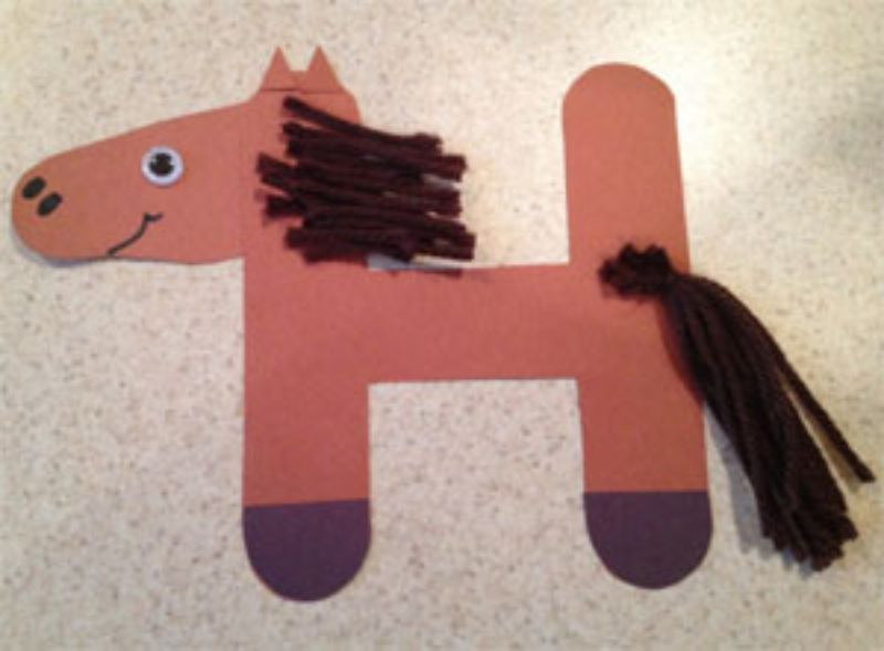 """""""H is for Horse"""" Craft"""